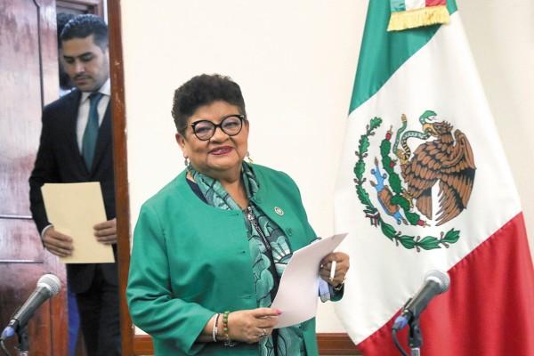 AVANCE. Ernestina Godoy dio conferencia. Foto: Cuartoscuro