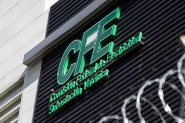 La CFE se reunió por cuarta ocasión con las empresas que demandarían a la Comisión por declarar la nulidad de ciertas cláusulas del los contratos. Foto: Especial.