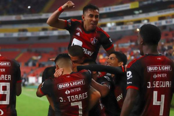 Los Zorros sumaron sus primeras 3 unidades del Apertura 2019. Foto: Especial.