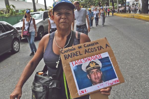 CASTIGO. EU sancionó a militares tras la muerte del capitán Rafael Acosta. Por AFP