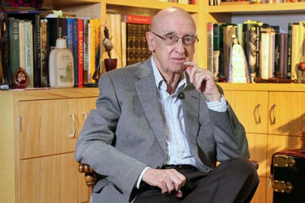 Muere José Pascual Buxó. Foto: especial