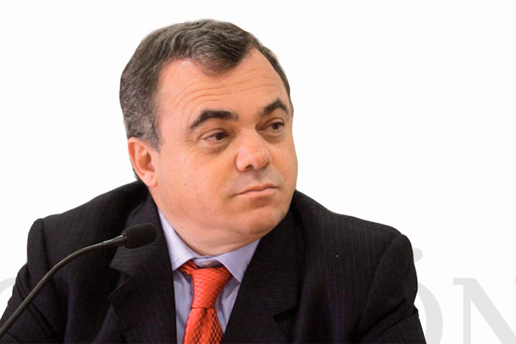 Enrique Quiroz Acosta / Abogado /  El Heraldo de México