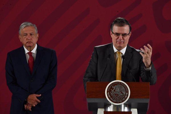 AMLO Ebrard Chapo Guzmán