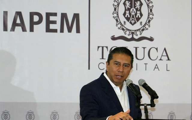 El alcalde de Toluca durante un evento. FOTO: Especial