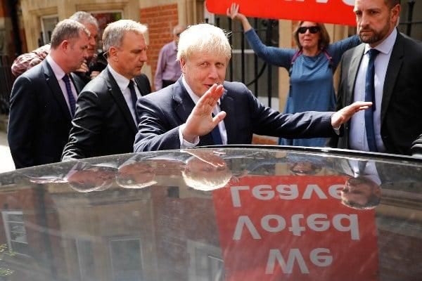 """El ministro Duncan explica que decide dimitir """"en anticipación de un cambio (en el Gobierno) el miércoles"""". Foto: AFP"""