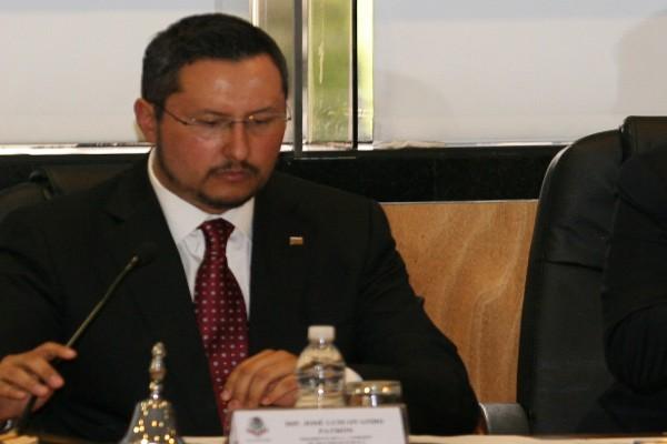 José Ovando acusó de legisladores de Baja California de traidores