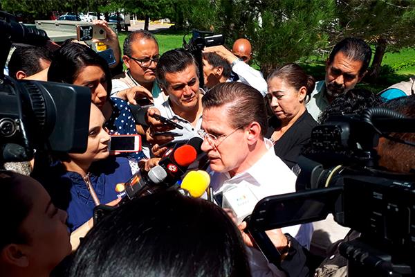 """Rosas_Aispuro_estancias_infantiles_Durango """"Se hacen los esfuerzos necesarios para que en Durango las estancias infantiles no desaparezcan, señaló el gobernador. FOTO: Especial"""