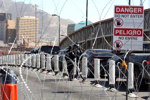 flujo migratorio, Ciudad Juárez, Sergio Armendáriz, AMLO,