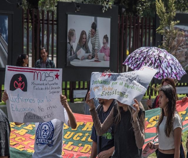 Estudiantes piden la desaparición de los exámenes para ingresar a la Universidad