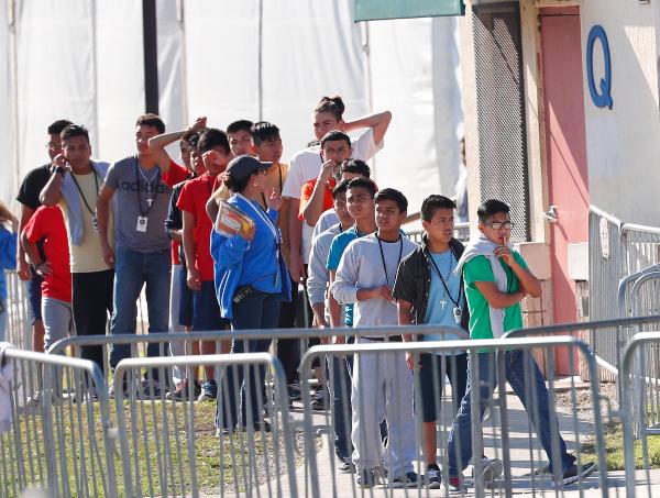 CUIDADO. Uno de los centros de detención más grande en Miami atiende a menores de entre 13 y 17 años. Foto: AP