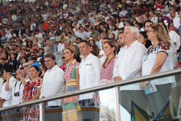 Beatriz Gutiérrez Müller acudió a la Guelaguetza 2019