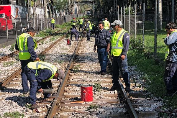 Tren-Ligero-vias-reparacion-Xomali