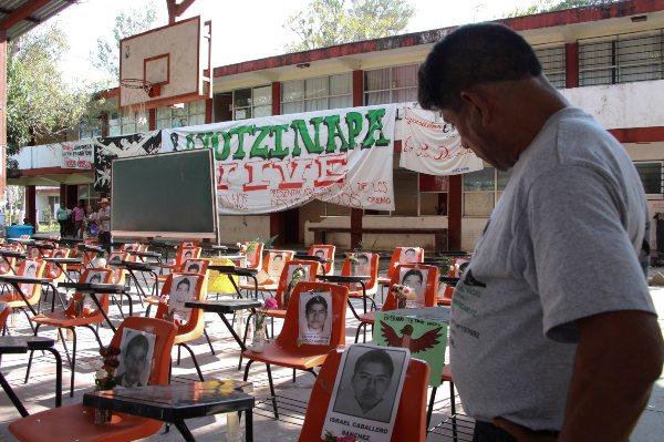 Ayotzinapa Normalistas Escuela Normal Rural Raúl Isidro Burgos