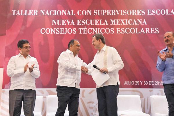 LOGRO. Astudillo y Moctezuma abrieron el evento.Foto: Especial.