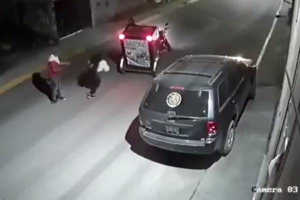 Mototaxista-salva-a-joven-secuestro-Toluca