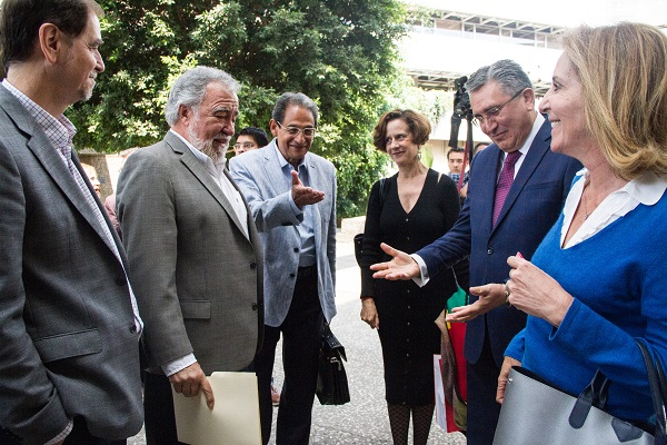 Alejandro Encinas, Mariclaire Acosta, Luis Raul González y moderando Sergio Aguayo; en el debate Derechos Humanos en la 4T que se realiza en El Colegio de México.  Foto: Especial