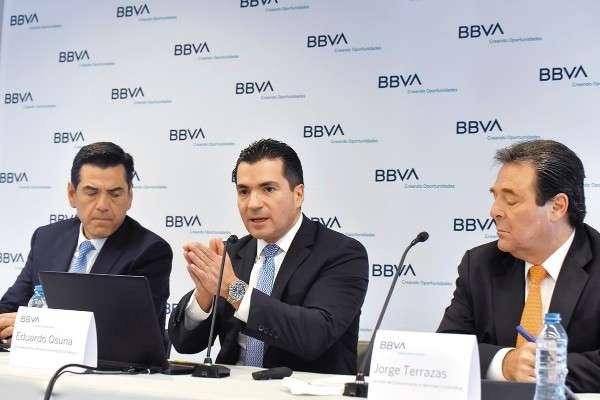 PREVISIÓN. Eduardo Osuna (al centro) comentó que será relevante la rati cación del T-MEC. Foto: Cuartoscuro