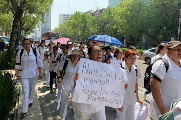 Los manifestantes marcharon rumbo al Zócalo de la CDMX. Foto: Especial.
