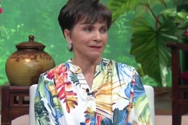 En la conversación, Pati Chapoy dijo que en alguno de sus viajes, alguien le comentó que podía llevarse cosas y traficar con ellas al estilo de Guzmán. Foto: Youtube