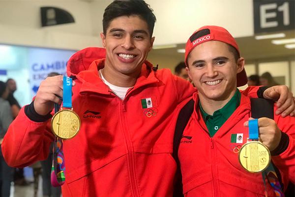México_gimnastas-Fabián_Luna_-Isaac_Núñez_Lima-2019