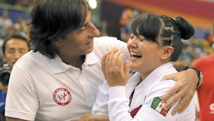 GLORIA. El hispano y Alexa Moreno han compartido momentos de alegría. Foto: Especial