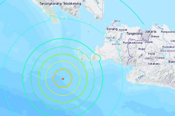 El Servicio Geológico de los Estados Unidos (USGS), activó la alerta por un posible tsunami en la zona, donde podrían alcanzar olas de hasta tres metros. Foto: Especial.