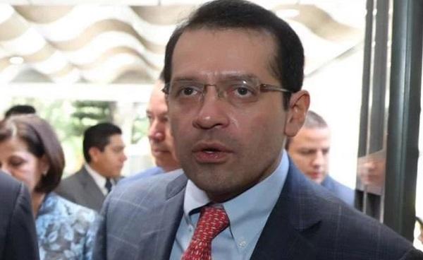 Explicó que la función del doctor Míreles será la de supervisar la atención de los derechohabientes en la entidad. Foto: Especial