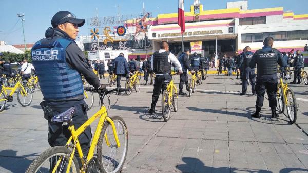 Acto. La reserva de bicis fue entregada durante el desabasto de gasolina. Foto: Especial