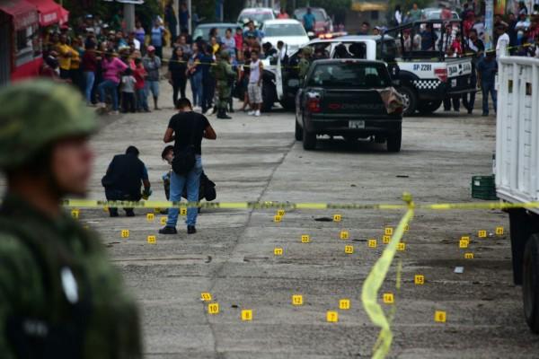 Un grupo armado disparó contra un corralón de grúas