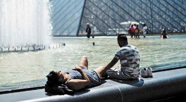 Horno. Europa sufrió el mes pasado dos intensas olas de calor desde África. Foto: AFP