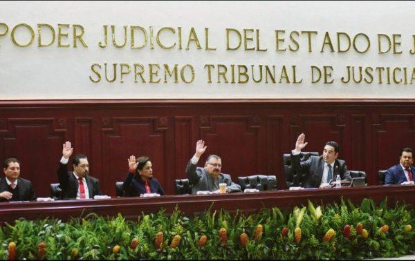 El golpe más espectacular fue el caso del magistrado Isidro Avelar Gutiérrez, ligado al CJNG. Foto: Especial.