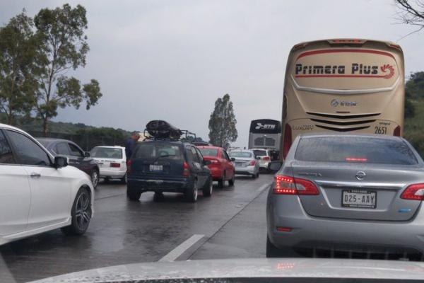 bloqueo carretera México-Querétaro