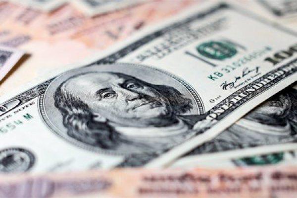 Durante la sesión, se espera que el tipo de cambio cotice entre 19.30 y 19.50 pesos por dólar. Foto: Especial.