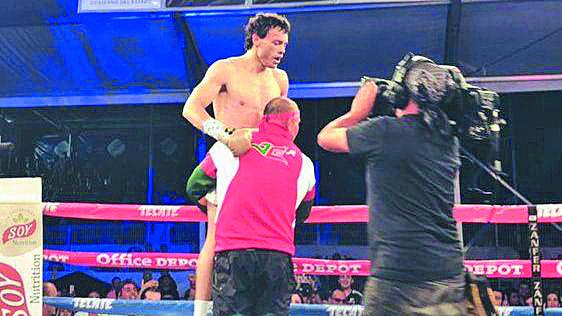 Julio César Chávez Jr. En el combate que marcó su reaparición en los cuadriláteros. Foto: Especial