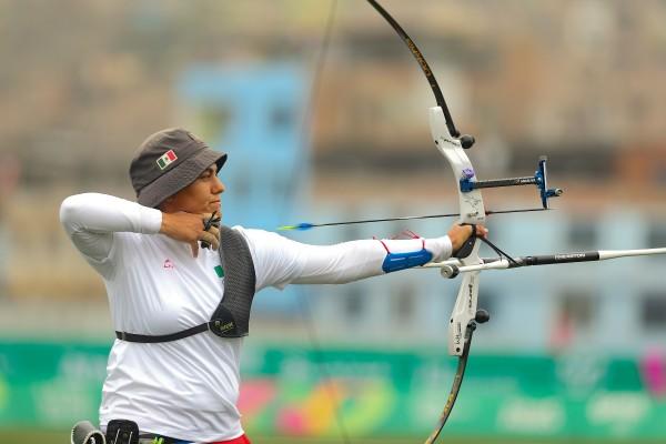 Alejandra Valencia se lleva una presea de cada color en tico con arco