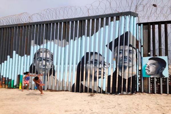 El proyecto mezcla la rica historia del muralismo mexicano con lo que en términos generales puede llamarse arte interactivo. Foto: AP