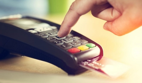 Prosa brinda servicios a diferentes instituciones financieras para realizar transacciones electrónicas. Foto Especial