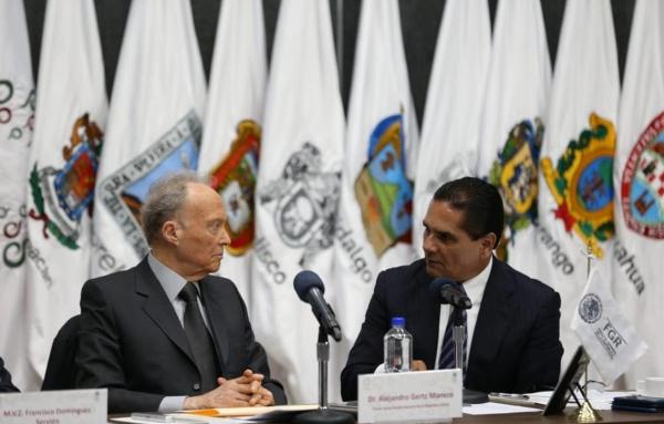 De acuerdo a Aureoles, la estrategia nacional debe incluir el reforzamiento de acciones para la captura de objetivos delincuenciales. Foto Especial