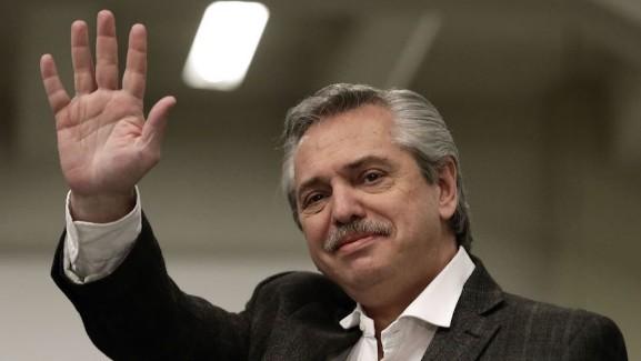 Derrota de Mauricio Macri generó marcado deterioro de la economía argentina: Juan Carlos Baker