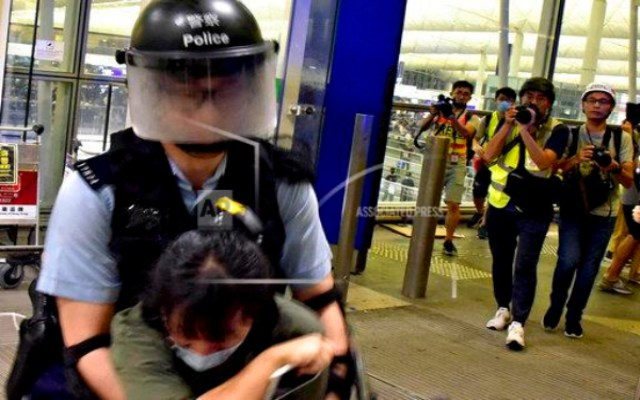 Continuan manifestaciones en Hong Kong