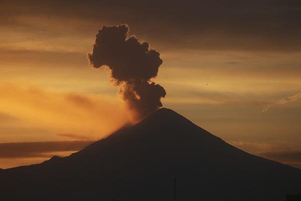 Volcan_popocatepetl