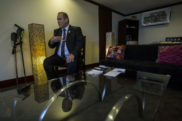 Presidente electo Guatemala tercer país seguro migrantes