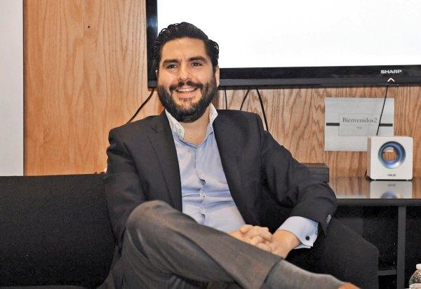 Rodrigo Bernal, director general de Televía prevé crecimiento del 15% en la empresa. Foto: Pablo Salazar.