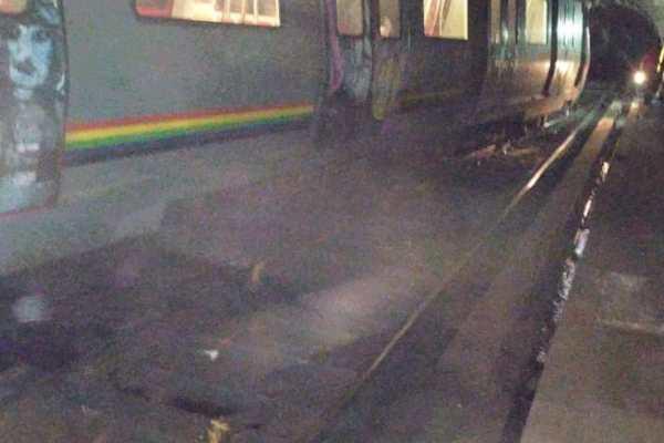Metro de Caracas se descarrila; hay ocho heridos