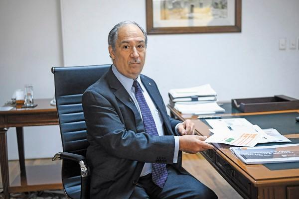 PETICIÓN. Recaredo Arias hace un llamado a las autoridades por la afectación económica. Foto: Nayeli Cruz
