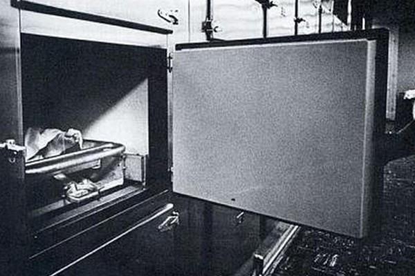 Revelan fotos de Marylin Monroe en la morgue