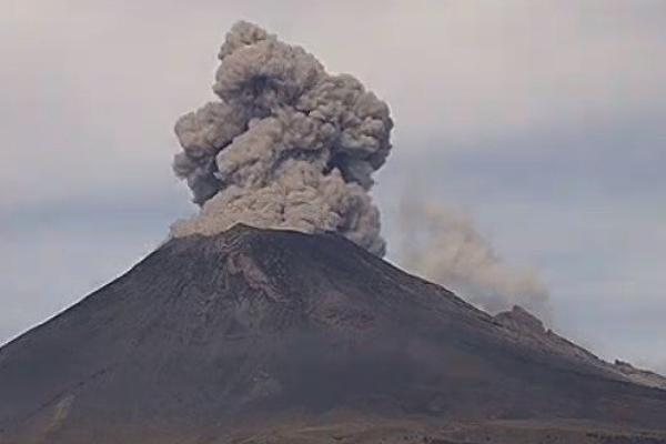 Volcan Popocatepetl actividad explosiones exhalaciones Proteccion Civil