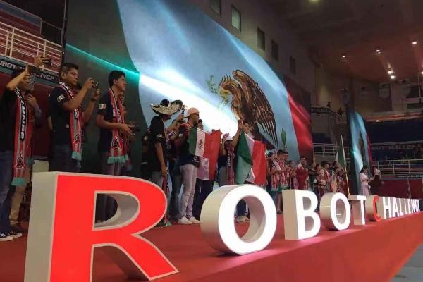 Robotchallenge estudiantes China Pekín El Heraldo Radio