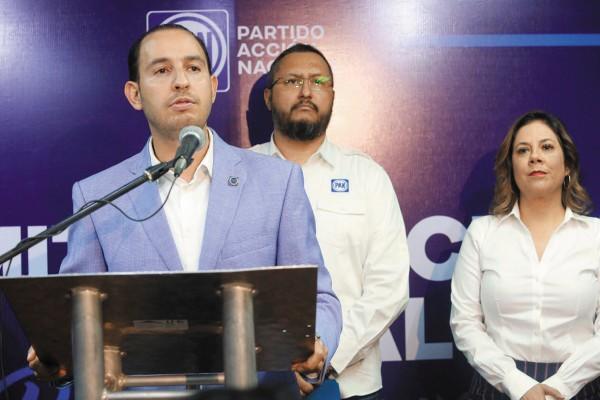Marko Cortés estuvo de gira de trabajo por la capital del estado y dio una rueda de prensa. Foto: Especial