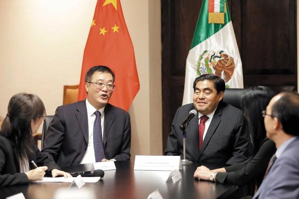 Zhu Qingqiao dijo que Puebla ofrece una excelente ubicación para sus empresas. Foto:  Enfoque